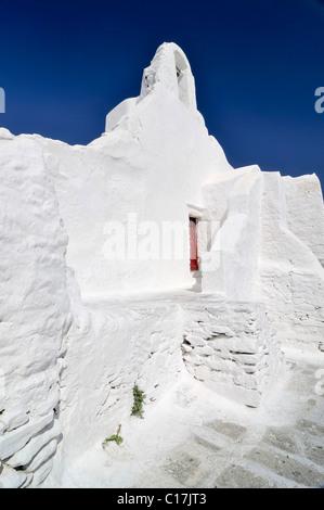 Weiße Kirche Panagia Paraportiani, Kapelle in der Stadt Mykonos, Kykladen, Griechenland, Europa - Stockfoto