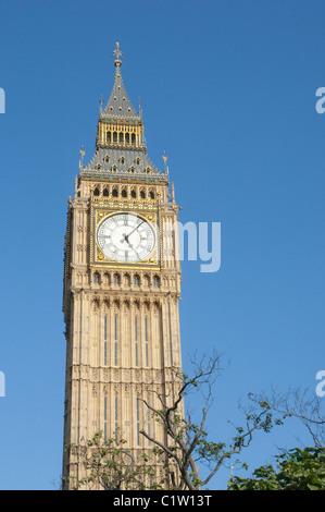 Der Uhrturm Big Ben in London Westminster - Stockfoto