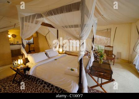 Schlafzimmer in Luxus cottars 1920er eher Camp, Masai Mara, Kenia ...