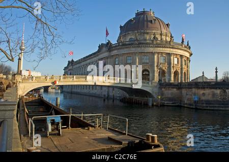 Deutschland, Berlin, Museum Insel, Bode-Museum, Pergamon-Museum, Spree, - Stockfoto