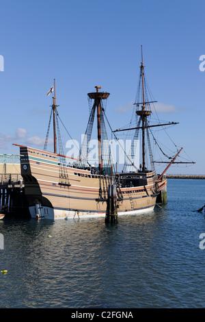 Mayflower II auf Plimouth Plantage.  Replik des ursprünglichen Schiffs machte 1957.  Großmast noch nicht für die - Stockfoto