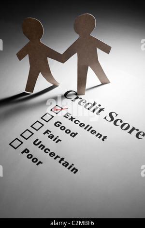 Kredit-Bericht und Papier Kette Menschen - Stockfoto