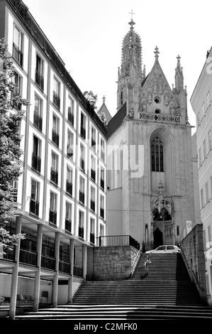 Maria bin Gestade (St. Maria am Gestade) Kirche, Wien, Österreich - einer der wenigen erhaltenen Beispiele der gotischen - Stockfoto