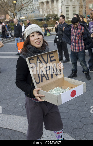 Japanische Trommelgruppe Peformance Spendengelder für Japan von Durchführung in Union Square in New York City - Stockfoto