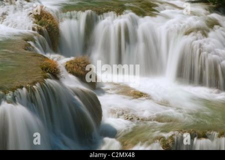 Wasserfall im Nationalpark Krka, Dalmatien, Kroatien - Stockfoto