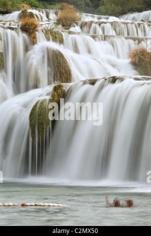 Der Wasserfall des Flusses Krka, Nationalpark Krka, Dalmatien, Kroatien - Stockfoto