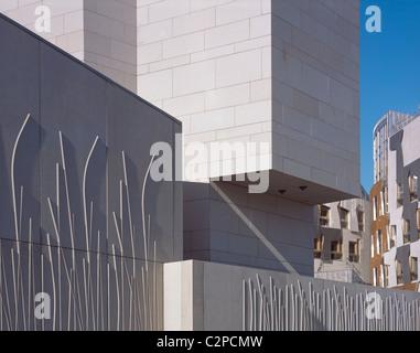 Schottisches Parlament, Edinburgh, Schottland. Äußere Detail. - Stockfoto