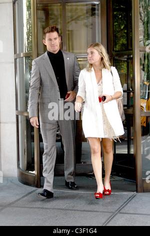 "Channing Tatum ""G.I. Joe: The Rise of Cobra"" Sterne verlassen ihre Manhattan Hotel New York City, USA - 04.08.09 - Stockfoto"