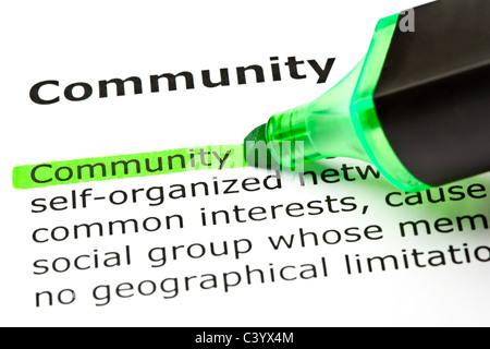 """Das Wort fühlte """"Gemeinschaft"""" in grün mit hervorgehobenen Filzstift - Stockfoto"""