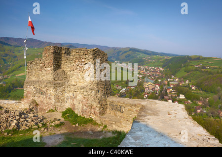 Das Schloss in Rytro Dorf, Beskid Bienenhonigs Region, Polen - Stockfoto