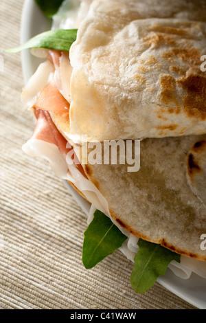 sandwich mit schinken und salat nahaufnahme stockfoto bild 58931320 alamy. Black Bedroom Furniture Sets. Home Design Ideas