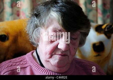 Portrait einer älteren Frau. - Stockfoto