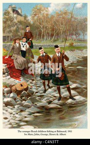 Prinzen Angeln und Balmoral 1911, die jüngeren Kinder von George V, l, R Mary, John, George, Henry Albert, später - Stockfoto