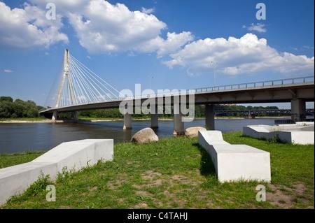 Moderne Brücke über die Weichsel (Wisla) in Warschau, Polen - Stockfoto