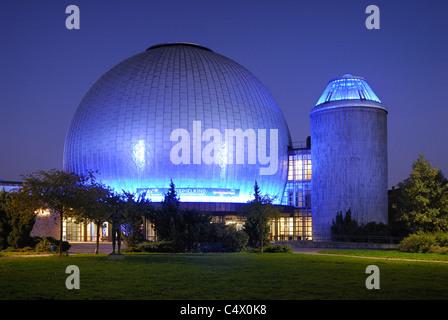 Zeiss-Planetarium, Bezirk Prenzlauer Berg, Berlin, Deutschland, Europa - Stockfoto