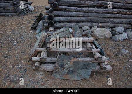 Landschaft mit Grabsteine im Altai-Gebirge in der Provinz Bayan-Ölgii Mongolei - Stockfoto