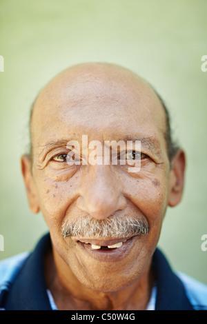 Schwarzer latino aus 50 jahre alter mann