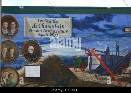 Wandbilder bei rechts-, Alberta, Kanada Kunst Malerei Wand Dekorationen künstlerisch kreative phantasievolle arty - Stockfoto