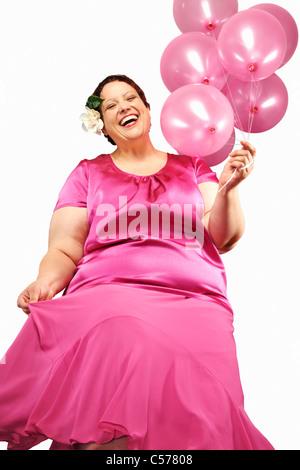 Große Frau mit Haufen Luftballons