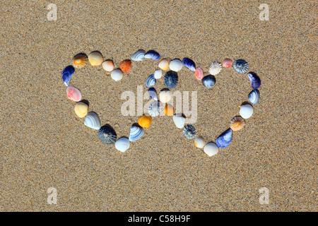 Detail, Doppel-, Doppel-Herz, vor, Form, Form, Gewässer, groß Großbritannien, Herz, Herzform, Hochzeit, Küste, Liebe, - Stockfoto