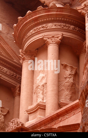 Petra Treasury vorne - Stockfoto