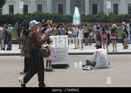 Muslimische Fußwaschung Demonstrant vor weißen Haus - Stockfoto