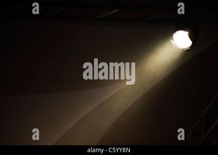 Einzel-, weiße, Schlaglicht auf eine Beleuchtung rig - Stockfoto