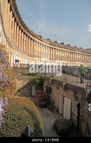 Versunkene Garten in der Royal Crescent, Bath, England. - Stockfoto