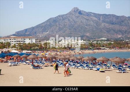 Puerto Banus Buddha Strand von Marbella in Spanien - Stockfoto