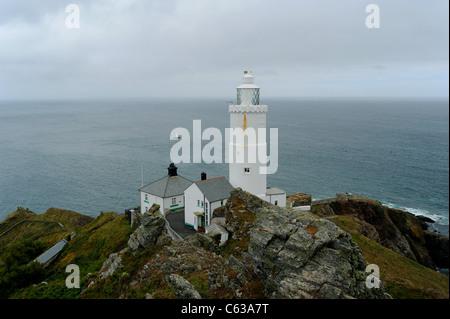Starten Sie Point-Leuchtturm an der Küste von South Devon. - Stockfoto