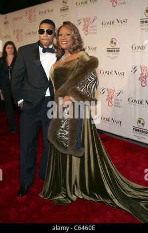 Nelly, Patti LaBelle im Ankunftsbereich Ball zugunsten Angel G & P Foundation for Cancer Research, New York Marriott - Stockfoto