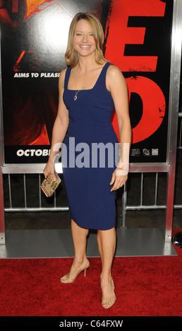 Jodie Foster im Ankunftsbereich für RED Premiere, Graumans Chinese Theatre, Los Angeles, CA 11. Oktober 2010. Foto - Stockfoto