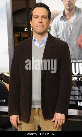 Ed Helms im Ankunftsbereich für DUE DATE Premiere, Graumans Chinese Theatre, Los Angeles, CA, 28. Oktober 2010. - Stockfoto