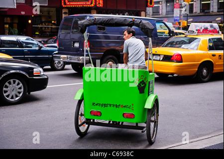 Rikscha, Times Square, New York City, USA. - Stockfoto