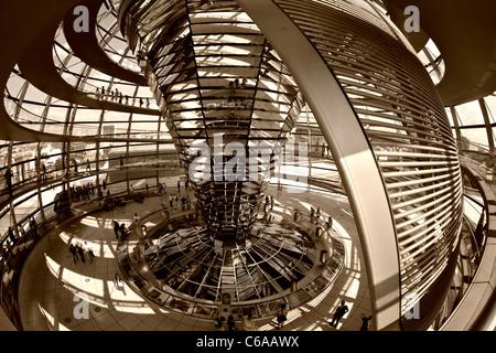 Reichstag Gebäude, Dach Top Terasse Kuppel von Sir Norman Forster, Berlin, - Stockfoto