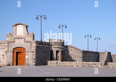 Festungsmauer der Plaza Europa, Puerto De La Cruz, Teneriffa, Kanarische Inseln, Spanien, Europa - Stockfoto