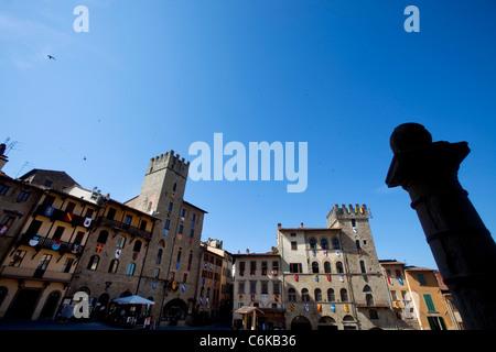 Piazza Grande oder Piazza Vasari, Hauptplatz in Arezzo, Toskana, Italien - Stockfoto
