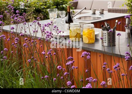 In-und auswendig, RHS Flower Show, Tatton Park 2011, Designer John Everiss, mit Goldmedaille ausgezeichnet - Stockfoto