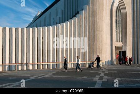 Hallgrimskirkja Kirche in Reykjavik Island - Stockfoto