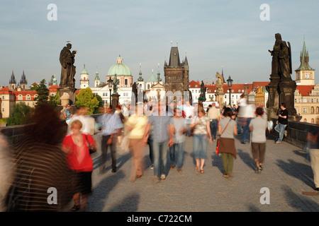 Karlsbrücke, Prag, UNESCO World Heritage Site, Tschechische Republik, Europa - Stockfoto