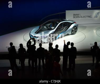 BMW i8 elektrische Concept Car auf IAA oder IAA 2011 Deutschland - Stockfoto