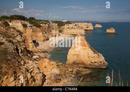 Portugal, Algarve, Praia Da Marinha - Stockfoto