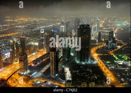Abend am Persischen Golf, Verkehr, Stadt, Innenstadt, Dubai, Dubai, Vereinigte Arabische Emirate, Naher Osten - Stockfoto