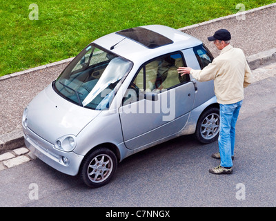 franz sisch frankreich mikro auto kleine winzige spa auto. Black Bedroom Furniture Sets. Home Design Ideas
