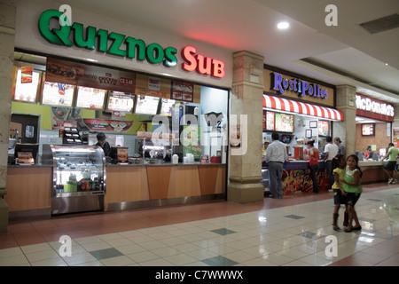 quiznos sub fast food chain store franchise interieur z hler mit keine kunden und kein. Black Bedroom Furniture Sets. Home Design Ideas