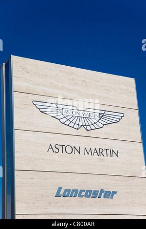 Schilder, Aston Martin, Lancaster, Haupthändler, Kent, UK - Stockfoto