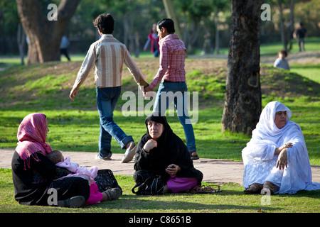 Delhi frauen suchen männer