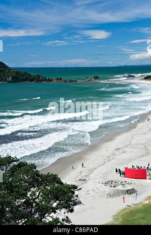 Der schöne Sandstrand von Mount Maunganui und Omanu Strände Bay of Plenty Nordinsel Neuseeland NZ - Stockfoto