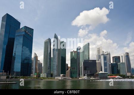 Singapur, Asien, Marina Bay, Skyline, bay, Blöcke von Wohnungen, Hochhäuser, Wolkenkratzer - Stockfoto