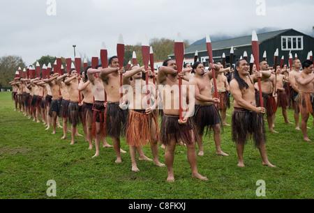 Maori Rudern zeremonielle Choreographie, Neuseeland - Stockfoto